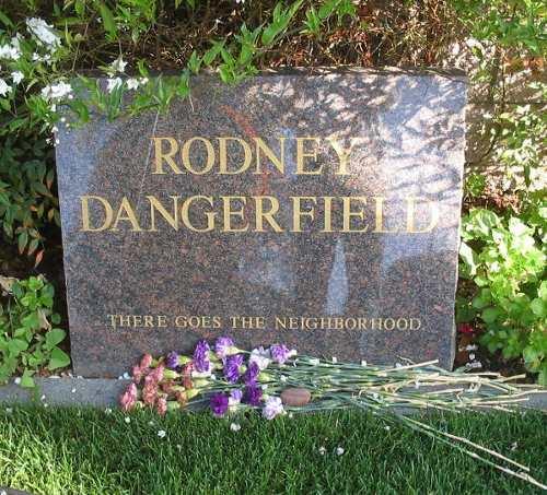 funny epitaphs: Rodney Dangerfield